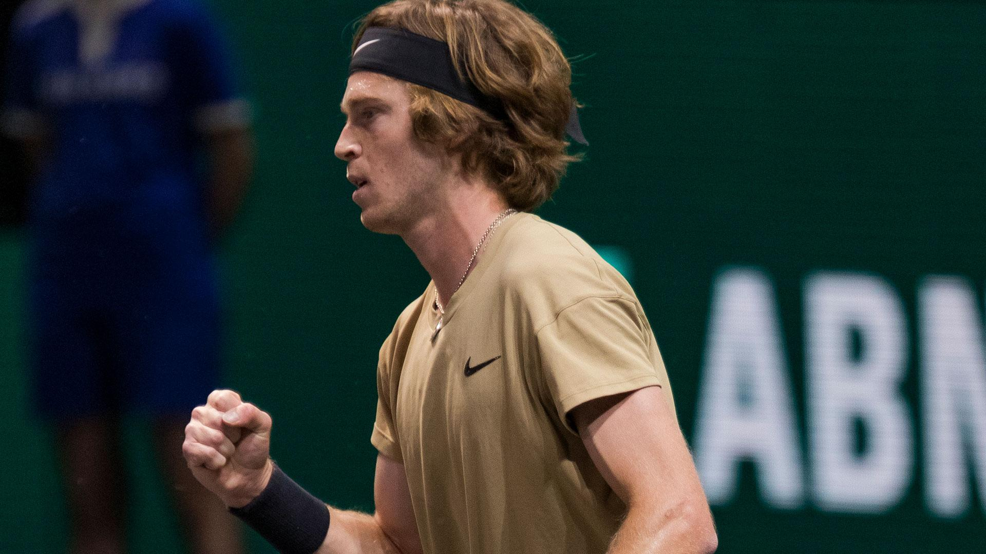 Murray beaten after a long fight against Rublev