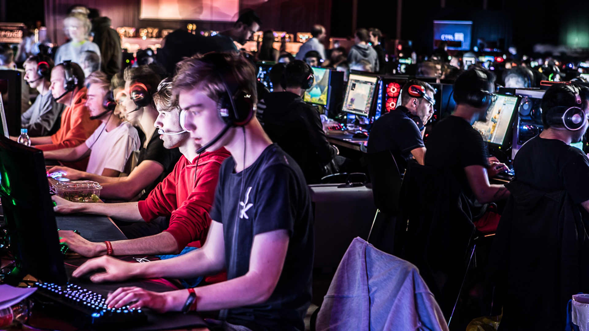RTM Games Week presenteert online OMEN LAN Party