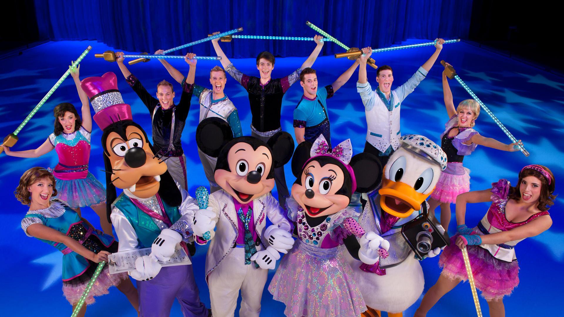 Jong en oud genieten volop bij Disney On Ice in Ahoy