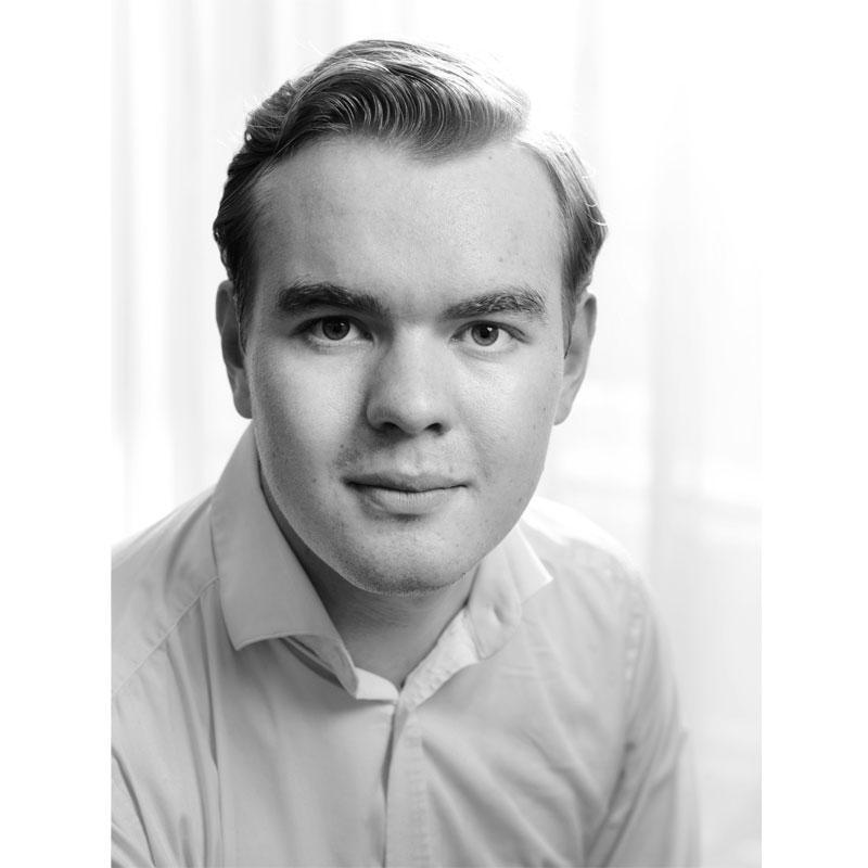 Jongste Zweedse Doctor in de Filosofie Stefan Buijsman spreekt tijdens opening